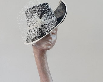 Stunning feature Pointed side hat In Ivory /& Black By Hats2go