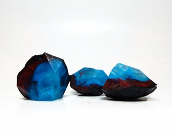 Blue & Red Geode Shaped Three Piece Soap Set