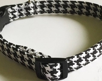 Black & White Houndstooth Collar for Male Dogs and Cats