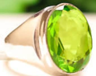 Green Peridot gemstone ring sterling silver 925 size 9.25
