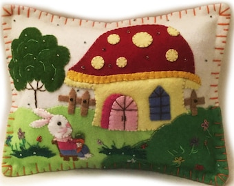 """8""""x 10"""" Spring Time Easter Bunny Rabbit Wool Felted Appliqued Pillow Cushion"""
