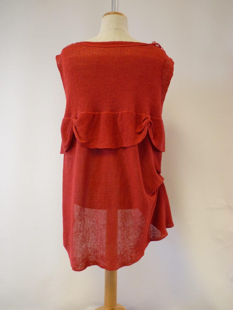 Special price Fashion loose-fitting knitted red linen blouse M size.