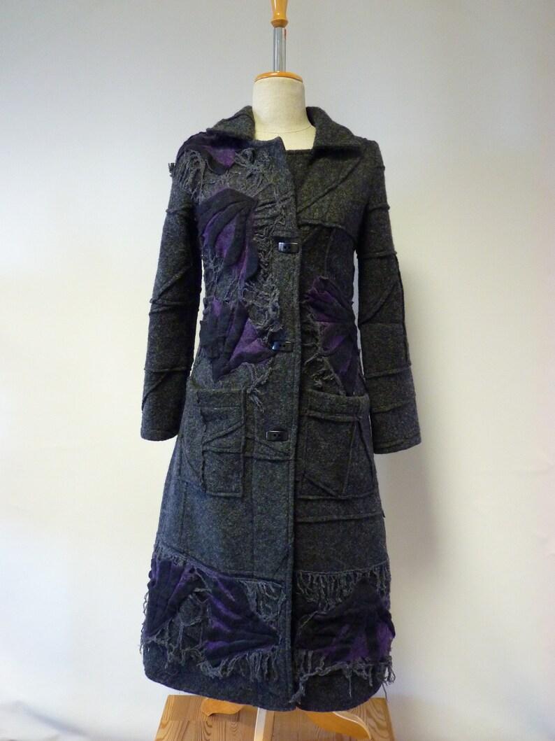 Artsy grey wool coat size S.