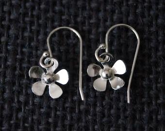 Sterling Silver flower earrings - Silver dangle earrings - Handmade Earrings Boho Earrings - Hippie Earrings - Small Flower Earrings