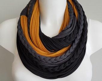 Infinity scarf, black scarf , circle scarf, fabric scarf, cotton fabric scarf, chunky scarf, scarf necklace, christmas infinity scarf
