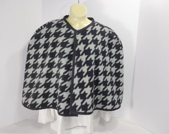 Capelets: Capes, cover-ups, ponchos, bed jackets, wraps are stylish. Solids, Animal prints, abstract designs warm and stylish.
