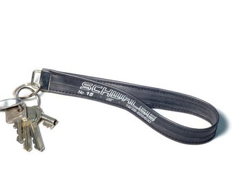 Keychain made of bicycle hose (road bike hose) - upcycled gift for cyclists (RCR)