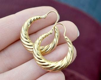 18k Yellow Gold Ribbed Hoop Earrings, 18k Gold Hoops, Hollow Gold Hoop Earrings, 18k Gold Hoop Earrings, Ribbed Gold Hoops