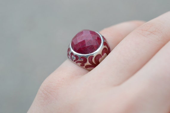 Sterling Silver Faceted Ruby Enamel Dome Ring, St… - image 1