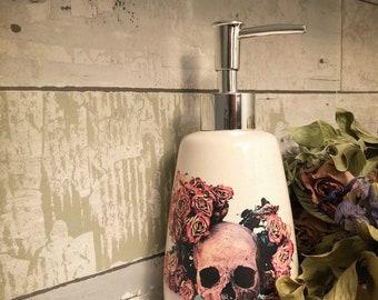 Skull roses soap dispenser 841b599698f