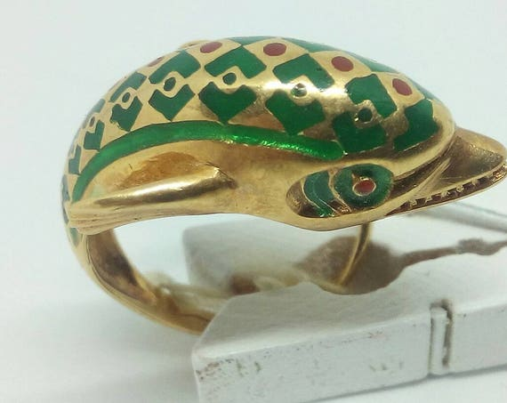 Vintage 18k gold enamel ring with dolphin size 6