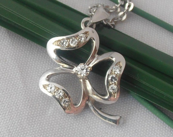 18k solid White Gold Clover Pendant with Diamonds  - Free 9k Gold Chain - Gift - Anniversary - Birthday - Mother's Day - St Patricks day