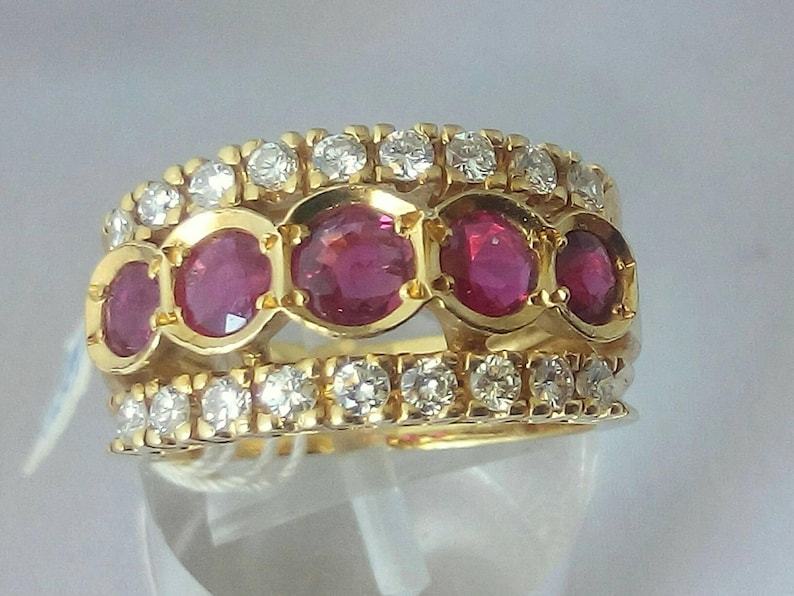 Vintage 18k Yellow Gold Ruby  Rubies and Diamonds Band  Ring image 0