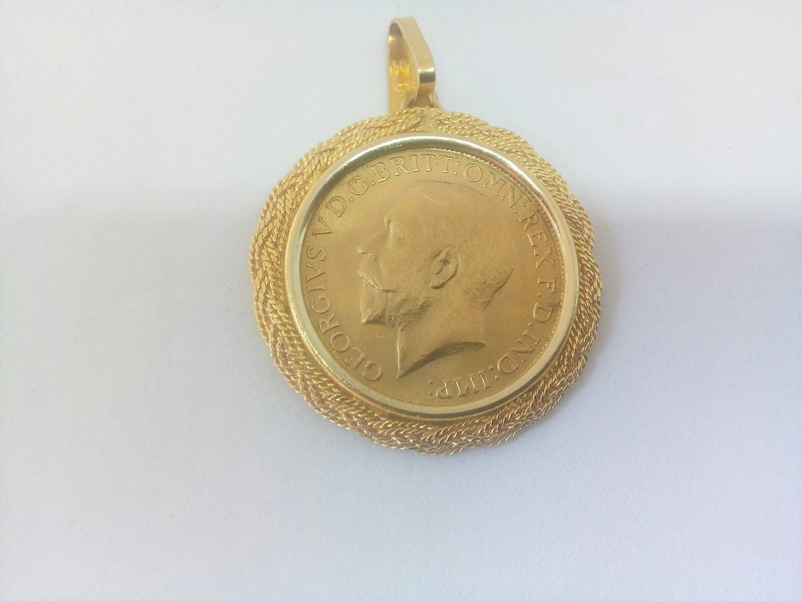 1925 gold sovereign king george v pendant with 18k gold bezel gold 1925 gold sovereign king george v pendant with 18k gold bezel gold coin pendant anniversary birthday gift aloadofball Image collections