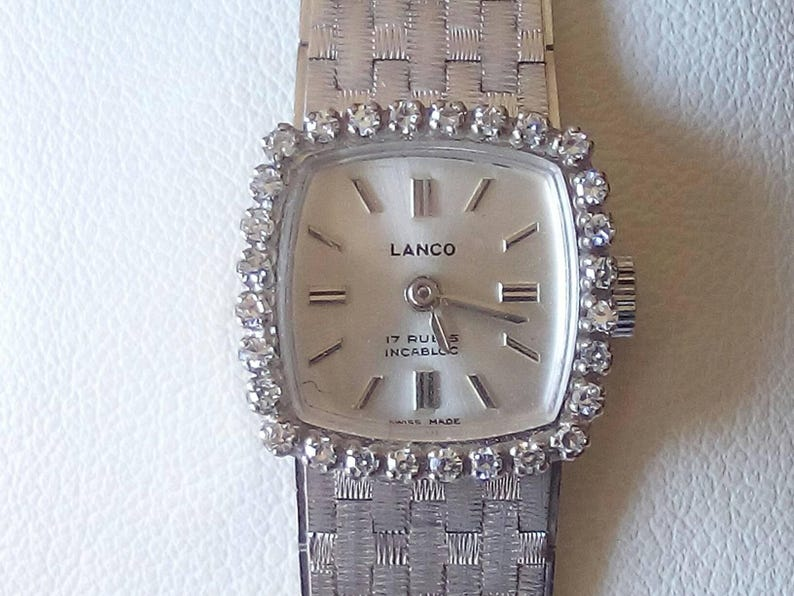 dd09ef723aa Vintage Swiss Lanco 18k gold 17 jewels incabloc ladies watch