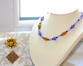 Yellow jade necklace, Cry...