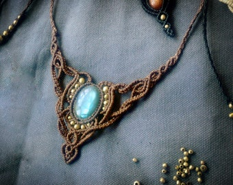 Labradorite Colier 'Lilith' Macrame Necklace Gypsy Tribal Macrame Healing Midevil Unikat Made to Order Nomad Sacred Hippie