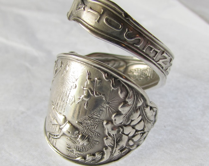 Spoon Ring. Minnesota State.Detail Farm, Wheat and an Iris flower on the inside of the band.