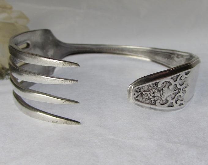 Fork cuff. Silverware bracelet. Adjustable. Antique silver plate
