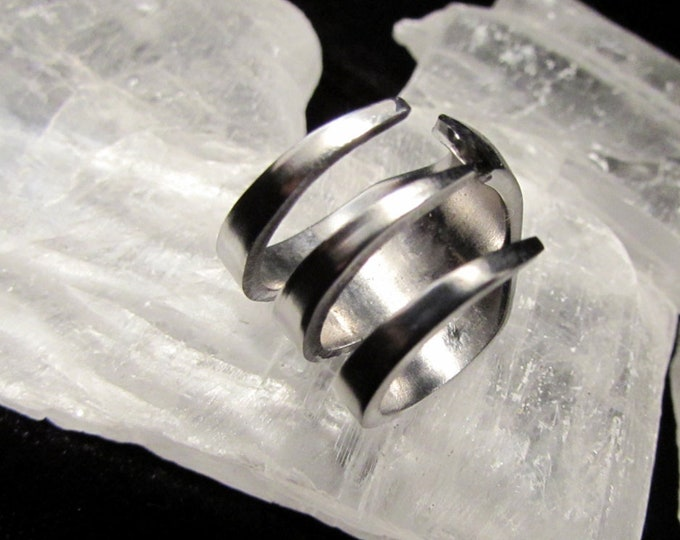 Fork ring. Silverwear ring. Ring made from a small three tine fork. small stainless steel trident tine fork ring