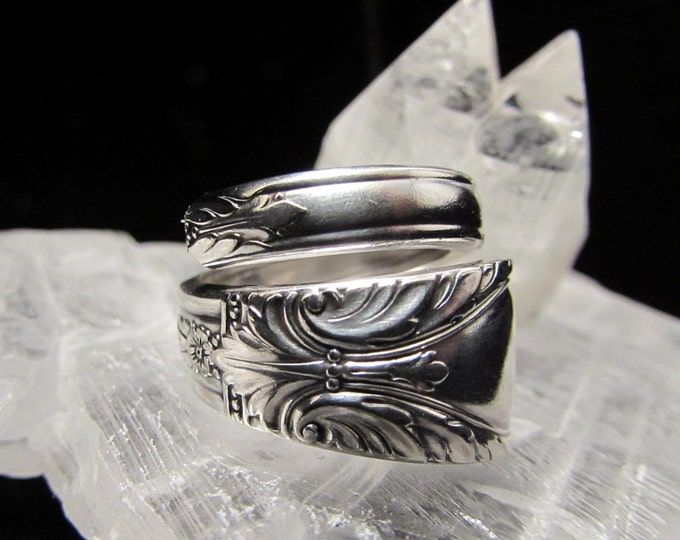 Bypass spoon ring.'Avalon' 1940 . Spoon rings have centuries of history. Start yours...