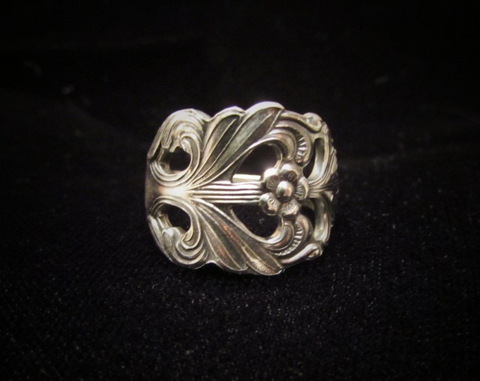 Spoon ring.  'Viking Rose' silverplated spoon ring. Ring made from a vintage silver demitasse spoon. Beautiful ornate Swedish design.