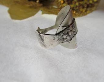 Idaho spoon ring. Fish ,net, and shell band. Sterling Paye & Baker spoon