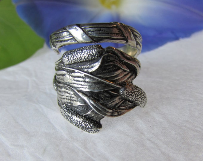 Sterling Cattail Spoon Ring. Antique Paye and Baker spoon. Inside Monogram 'Etta'