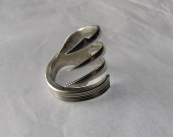 Fork ring.  Three tine Fork ring. Speared Trident times. Sizes 6-12