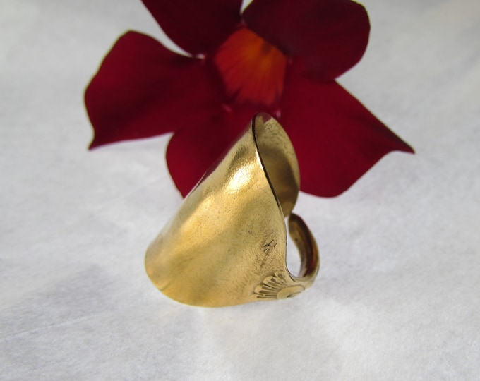 Golden Spoon ring. Shield spoon ring.Recycled 117 year old spoon. Silverware jewelry. sizes 6-15.