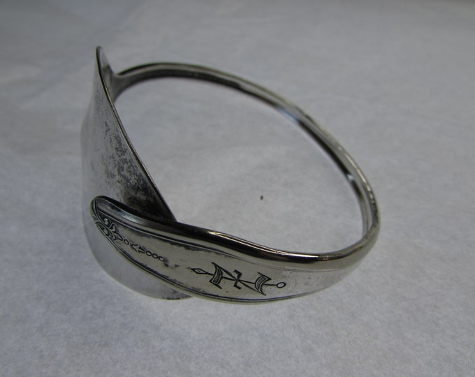 Silverware bracelet. Adjustable Spoon Cuff. Antique silver plate. Size 8.5 Mono Z.