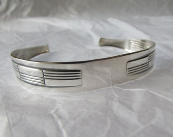 Silverware Jewelry. Sterling Sugar Tong Cuff.Made from an Art Deco patterned sugar tongs. customizable cuff.