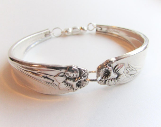 Spoon Bracelet, -Daffodil- pattern Silver spoon Jewelry,  Size's 6-8.5.