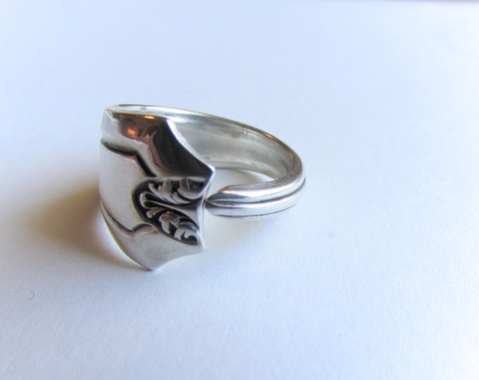 Spoon ring. sterling spoon ring. Size 6.