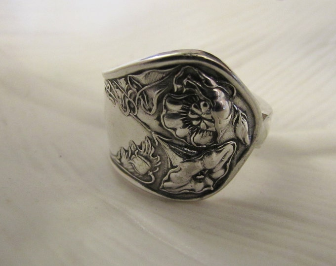 Wildwood Art Nouveau Spoon ring . Floral Spoon ring made from a vintage pattern silver plate spoon. Unique.