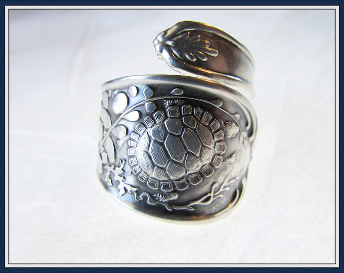 Sea Turtle spoon ring. Sterling silver. Sea grasses, Oysters.
