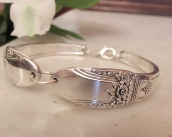 First Love   Silverware  bracelet. 1937 First Love  1847Rogers Brothers.Silver Company.