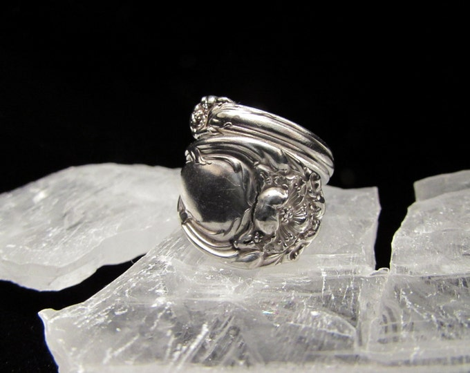 Bypass spoon ring . Spoon rings have centuries of history. Start yours...