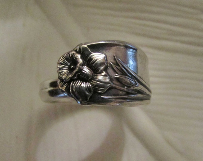 Daffodil spoon ring. Antique Silver plated spoon loved again. Renew. Resilient daffodil.