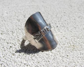 Sterling silver Shield Spoon Ring Mexico souvenir.