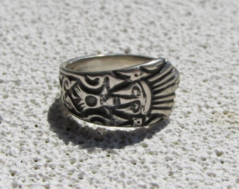 Sterling spoon ring ,Azteca  Spoon ring. SZ 5.5. Made from a souvenir spoon from Mexico.