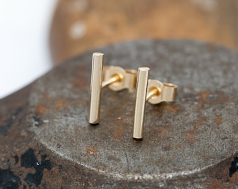 Solid 9ct Gold Bar Stud Earrings|Minimalist Gold Earrings|9ct Gold Bar Earrings|Gold Staple Earrings|Gold Line Earrings|Unisex|Gift for Her