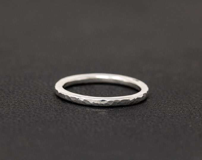 SOLID 9ct White Gold Textured Ring 2MM Gold Wedding Ring Gold Wedding Ring Gold Wedding Band Solid Gold Wedding Ring Unisex Ring