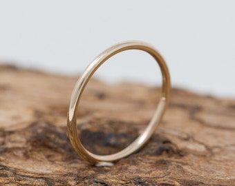 SOLID 9ct Gold Ring, 1.5MM Gold Wedding Ring, Gold Promise Ring, Gold Wedding Band, Dainty Gold Wedding Ring