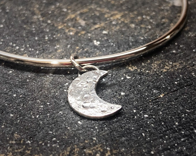 Sterling Silver Bangle with New Moon Charm, New Moon Bangle, Lunar Moon Bangle, Sterling Silver Bangle for Daughters, Gift for Her