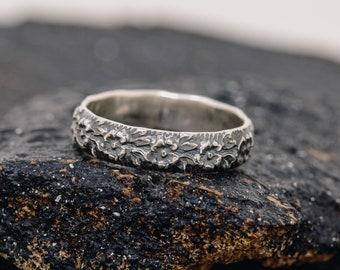 Rustic Sterling Silver Flower Ring,Sterling Silver Floral Ring,Sterling Silver Patterned Ring,Spring Flower Ring,Vintage Ring,Gift for Her