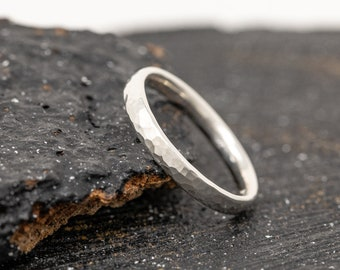Sterling Silver Ring|Sterling Silver Dimpled Band|Sterling Silver Unisex Ring|Sterling Silver Textured Halo Ring|Gift for Him|Gift for Her