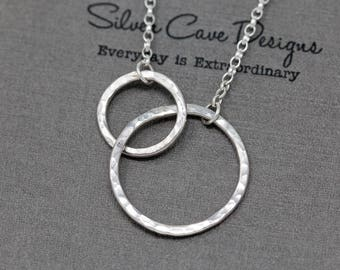 Sterling Silver Circle Necklace|Interlocking Circles Necklace|Sterling Silver Infinity Circle Necklace|Mothers Daughter Pendant|Gift for Her