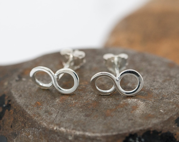 Sterling Silver Infinity Knot Earrings|Infinity Earrings|Silver Infinity Knot Earrings|Infinity Studs|Infinity Knot Earrings|Gift for Her