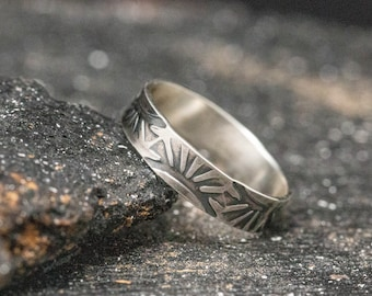 Sterling Silver Navajo Ring,Hand Stamped Ring,Handmade Ring, Unisex Ring, Rustic Ring, Stamped Ring, Mens Ring, Thumb Ring, Wide Ring